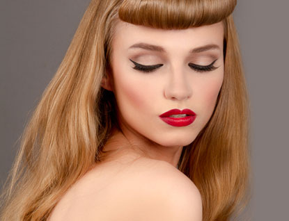 model wearing 1940s makeup and hairstyling